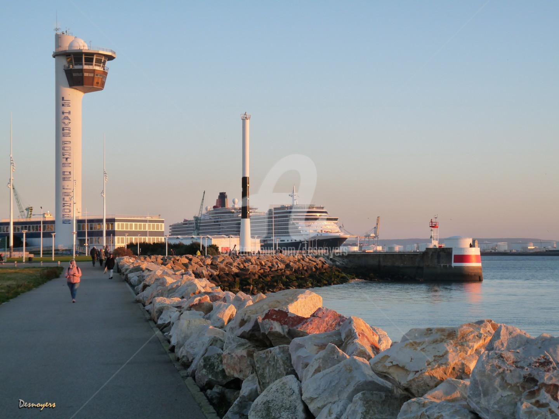 DESNOYERS - Quenn Mary en escale au Havre