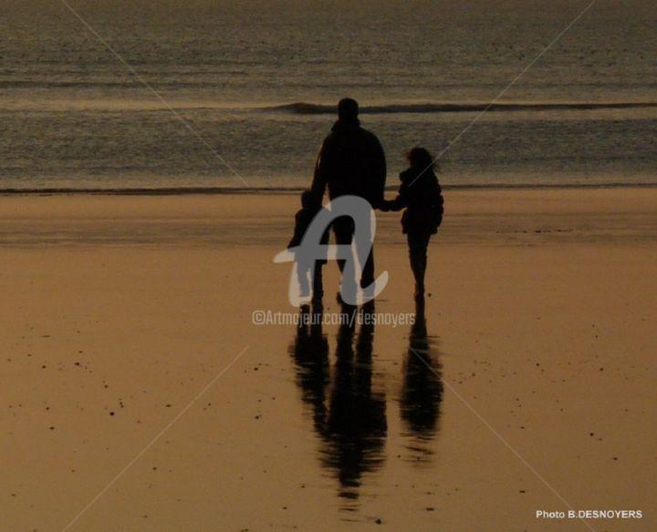DESNOYERS - Petite ballade sur la plage du Havre au couchant